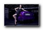奔驰C63改装车美女模特宽屏壁纸